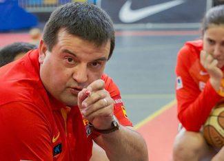 Las interesantes reflexiones de Chiqui Barros, destacado entrenador en baloncesto femenino