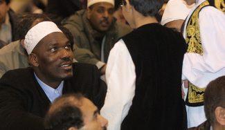 Hakeem Olajuwon y las dificultades de jugar en la NBA durante el Ramadán