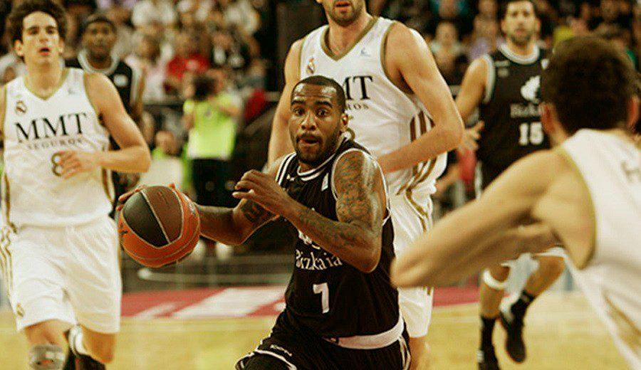 Filigranas, liderazgo y una final de la ACB: el Aaron Jackson de Bilbao