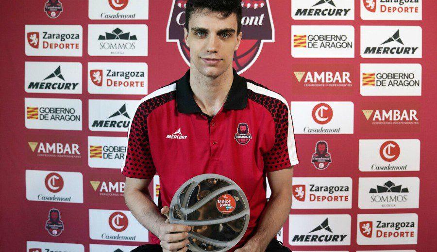Carlos Alocén iguala a Doncic: segundo jugador que gana dos veces seguidas el premio a Mejor Joven