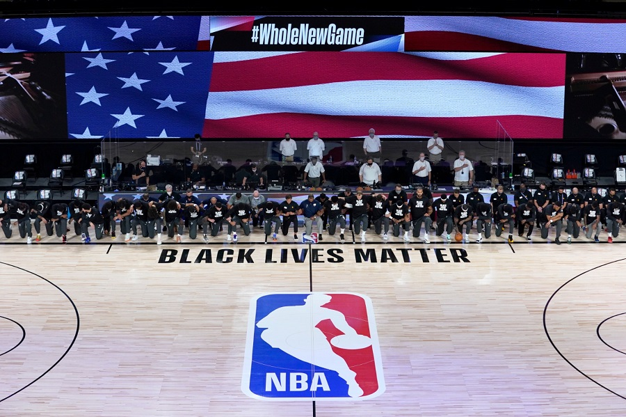 Rodilla al suelo: así fue la reivindicación de Jazz y Pelicans en el regreso de la NBA