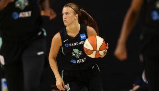 Exhibición de Sabrina Ionescu en la WNBA: sus números y highlights