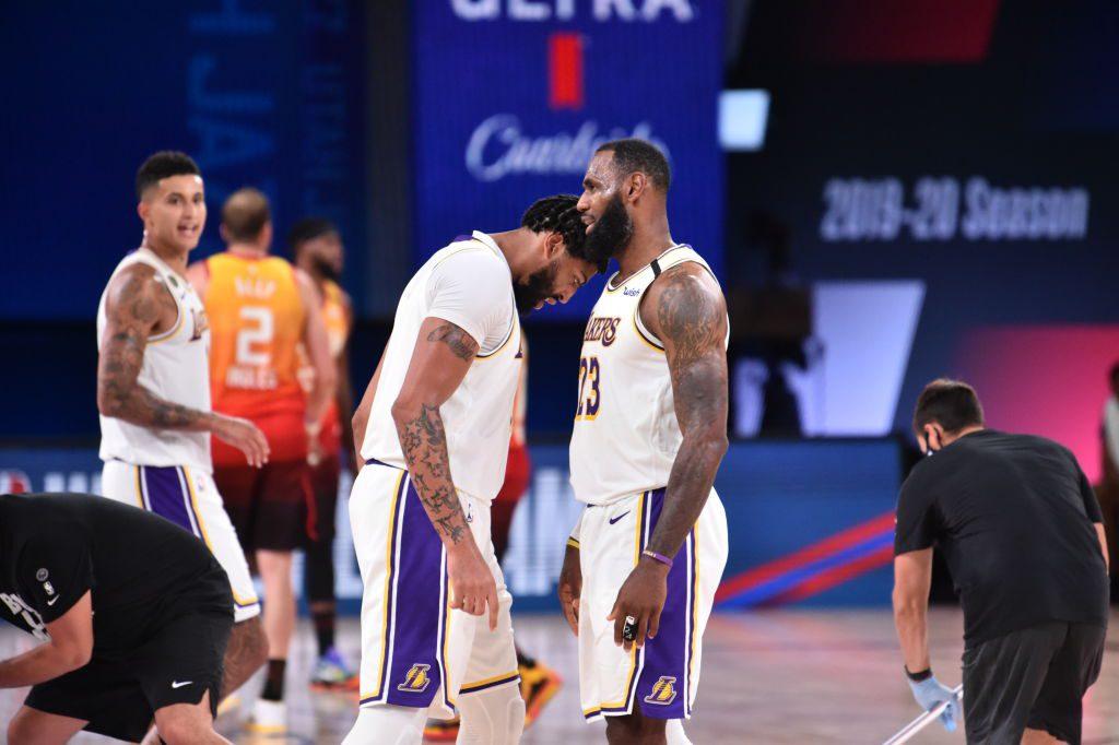 10 años después… Lakers líderes del Oeste