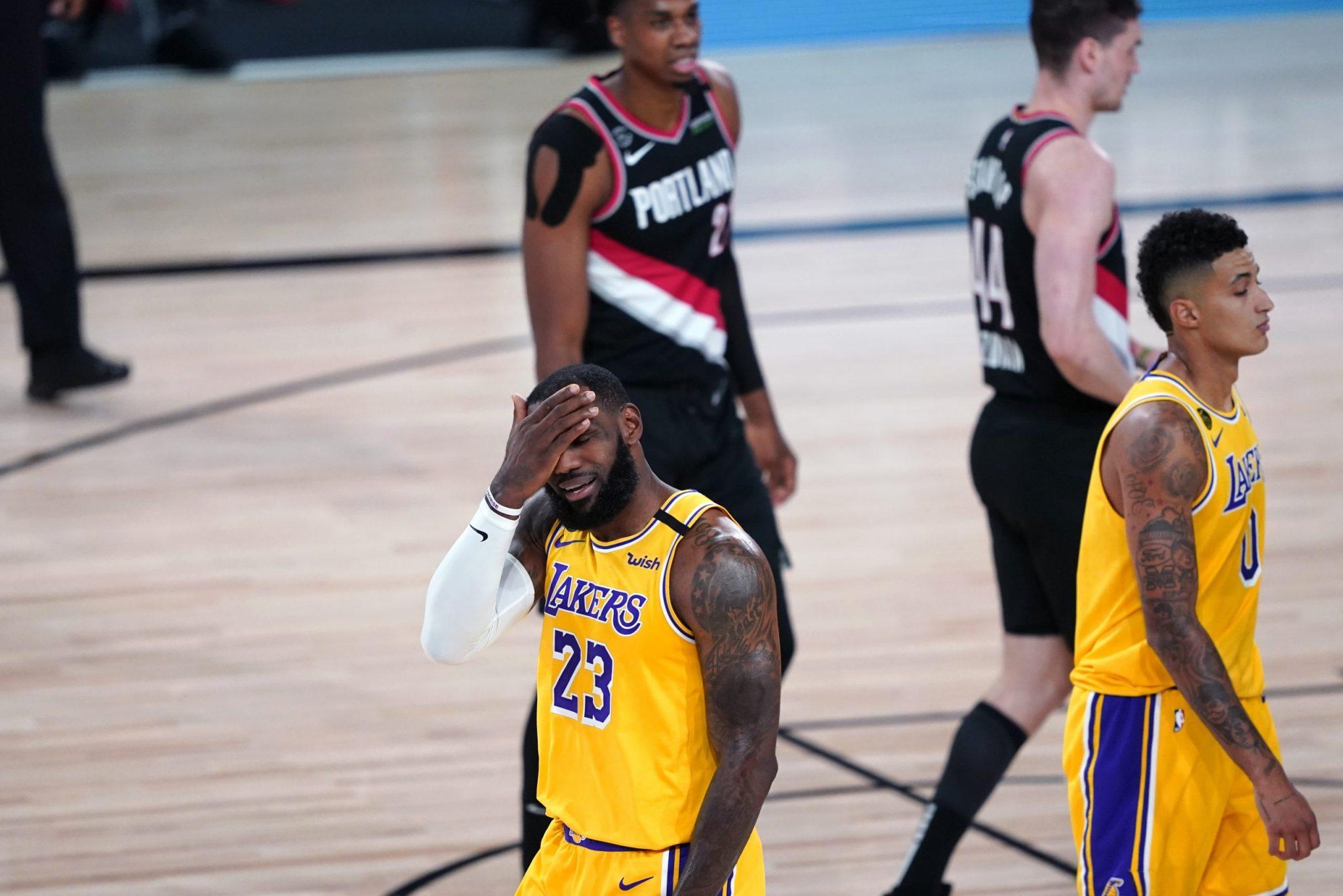 Los Blazers siguen imparables: Victoria ante Lakers en un histórico partido de LeBron James