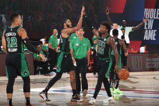 Los Celtics colocan el 2-0 en un brillante partido de Tatum y un trance en el triple de Smart (Vídeo)