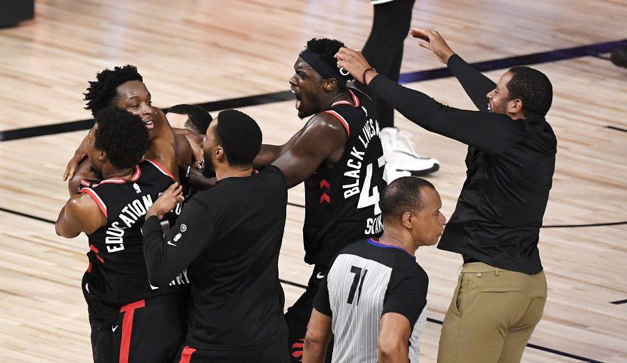 Uno de los finales del año en la NBA: los Raptors ganan sobre la bocina a los Celtics (Vídeo)