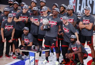 Bam Adebayo firma el partido de su vida y los Heat jugarán las Finales NBA (Vídeo)