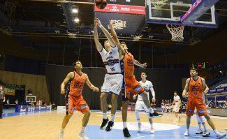 Jaime Pradilla logra su mejor anotación en la Liga Endesa en la victoria agónica del Valencia Basket