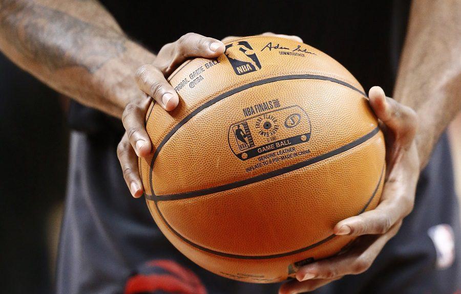 ¿Cuáles son las manos más grandes que se hayan medido en el 'Draft Combine NBA'?