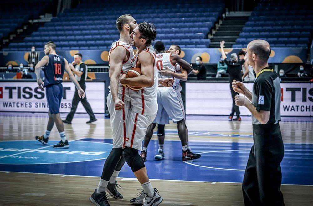 Un serbio gana a Serbia tras anotar la canasta ganadora con Suiza (Vídeo)