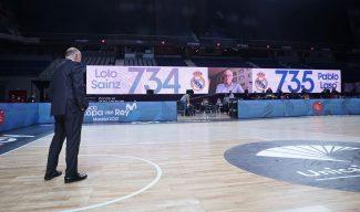 El emotivo homenaje de Lolo Sainz el día que Pablo Laso le supera en partidos dirigidos en el banquillo del Real Madrid