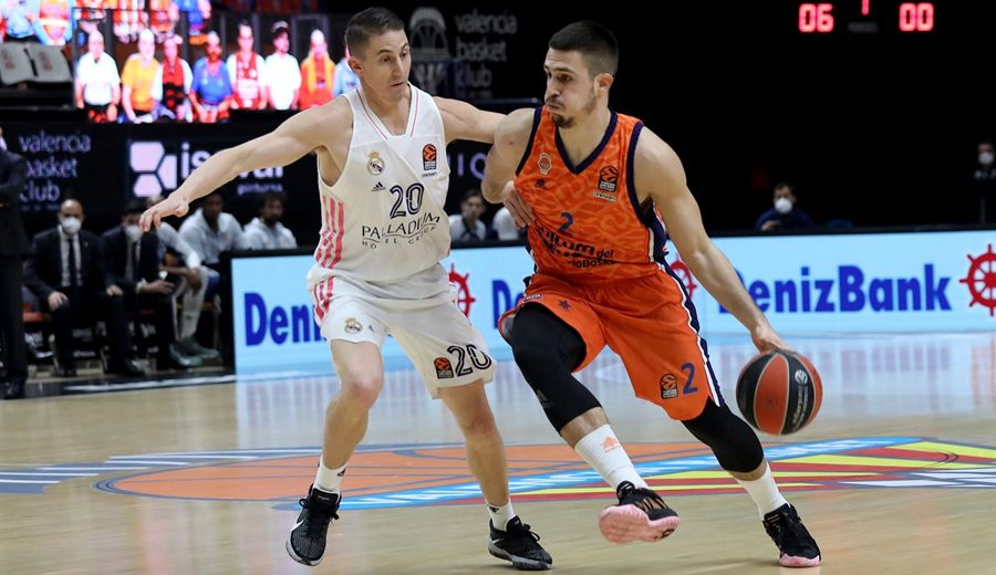 Valencia Basket supera al Real Madrid con un magistral Sam Van Rossom