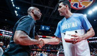 La conversación en castellano de Kobe Bryant y Luis Scola durante una semifinal olímpica (Vídeo)