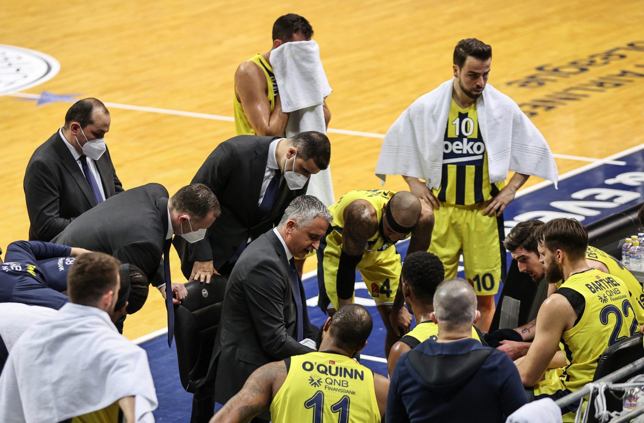 7 positivos en el Fenerbahçe complican su eliminatoria de Euroliga contra el CSKA. ¿Qué dicen las normas?