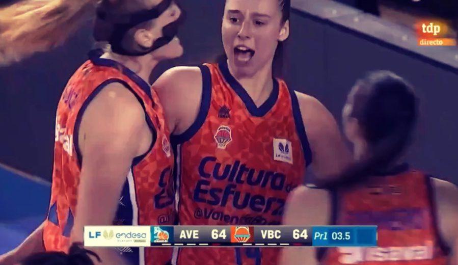 Raquel Carrera lo vuelve a hacer. Valencia Basket gana el primer partido de la final de la LF