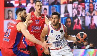 El tremendo final entre CSKA y Efes que mete a los turcos a la final (Vídeo)
