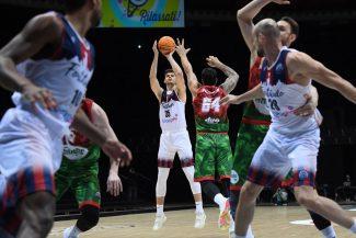 RETAbet Bilbao Basket refuerza su juego interior en busca de la salvación