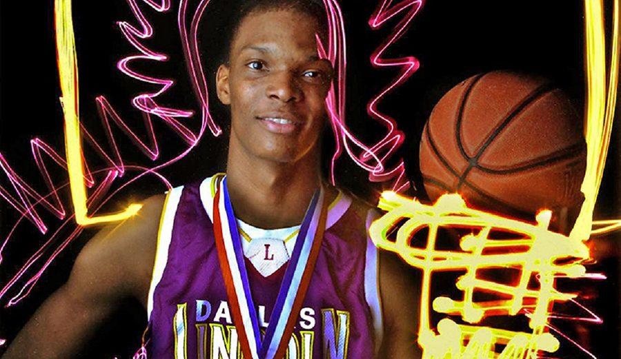La temporada perfecta de Chris Bosh en el instituto: ¡ni una sola derrota! Así jugaba (vídeo)