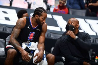 Kawhi Leonard sigue en los Clippers: renueva pese a su lesión