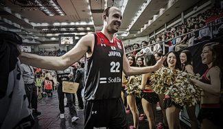 Estrella en la universidad, estrellado en Europa y mundialista con Japón: la historia de Nick Fazekas