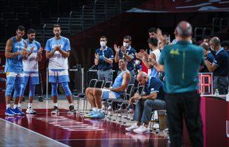 La emocionante despedida de Luis Scola ovacionado por compañeros y rivales