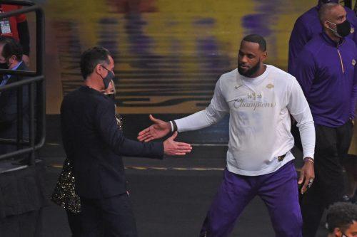 Rob Pelinka analiza a los nuevos Lakers: cambio LeBron, plantilla, efecto Vogel…